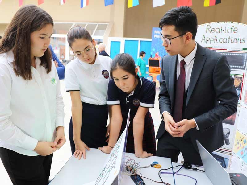 2020 жылдың 28 - ақпан күні Нұр - Сұлтан қаласының «Мирас» Халықаралық мектебінде STEM республикалық форумы өткізілді